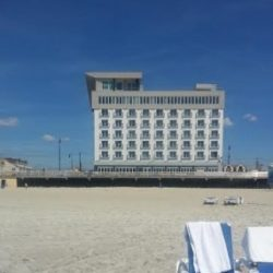Local Getaway: Allegria Hotel