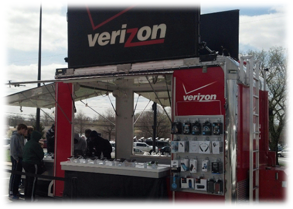 Stop by the Verizon Pop Up Shop
