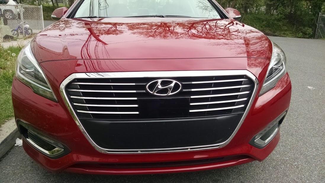 Checking Out the 2016 Hyundai Sonata Hybrid
