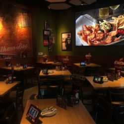 Applebee's Metro Center Location Will Host Monthly Family Movie Nights