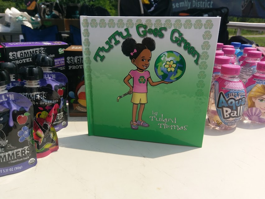 Recap: Tutu Goes Green Reading & Signing in Soundview Park